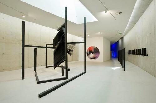 »Installation view, KIT Düsseldorf, Düsseldorf, Germany, 2009«,       <br />             <br />