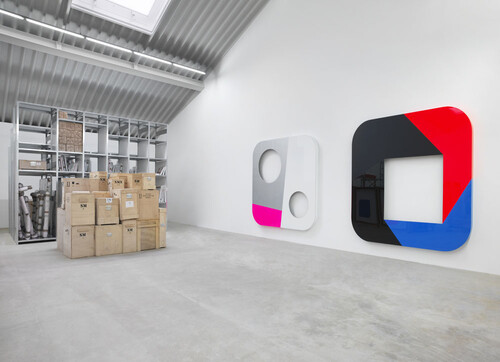 <i>instant vision 44 (2008) & total object 338 (2017)</i>,       <br />      lacquered aluminum,       <br />      Studio view 2017