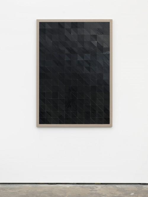 »Ein Eindruck eines Klangs«, 2015<br />cut records on canvas and wooden board, 143 x 102 cm<br />