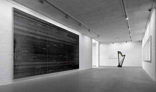 »Installation view Museum van Bommel van Dam, Venlo, The Netherlands, 2012«, <br /><br />