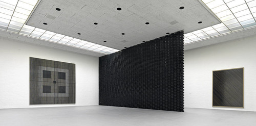 »Installation view Museum van Bommel van Dam, Venlo, The Netherlands, 2012«,       <br />             <br />