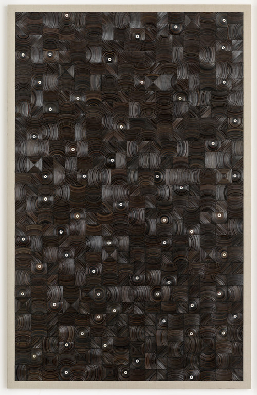 <i>und dann auf Sterne sehn</i>,       2015<br />      cassette tape, cassette wheels and canvas on wood,        274 x 174 cm<br />