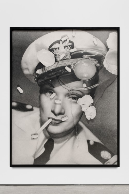 »Marlene Dietrich (with cracked egg and Zoloft)«, 2017<br />pencil on paper, 166 x 130 x 5 cm (framed)<br />