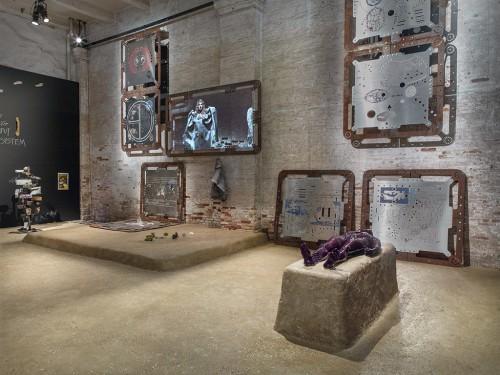 "»Ore Oral Orientation«, 2011-2017<br />Mixed Media Installation<br />""Viva Arte Viva"", curated by Christine Macel, 57. Biennale di Venezia, Venice, Italy, 2017. Photo: Roman März"