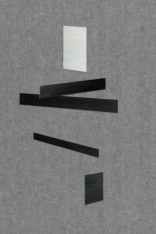 <i>Laying II</i>,       2015<br />      C-Print,        110 x 73 cm<br />      Edition of 4 + 2 AP