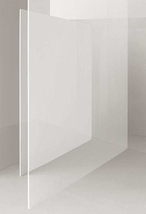 <i>Still II</i>,       2014<br />      Ditone-Print,        100 x 68 cm<br />      Edition of 4 + 2 AP