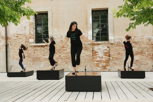 »Raise the Roof (Venice)«, 2017<br />Performance, 57th International Exhibition of La Biennale di Venezia, Venice, Italy, 2017<br />