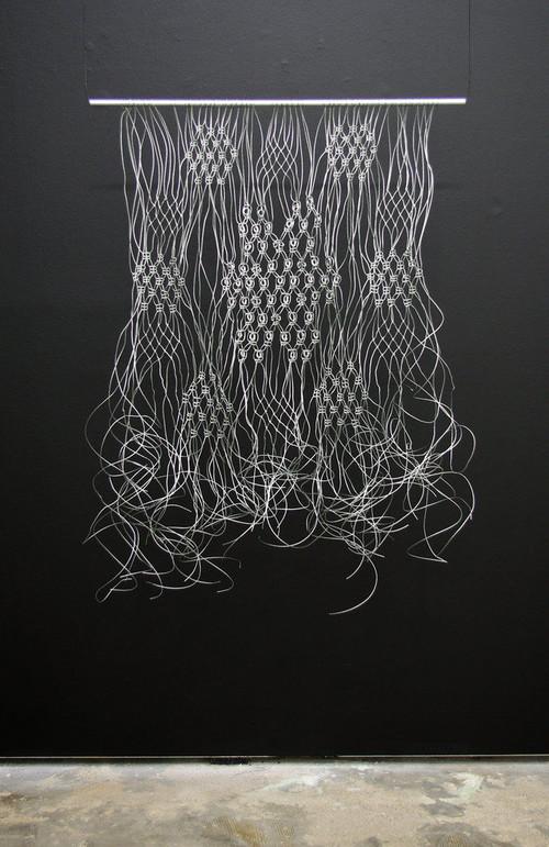 »Makramé«,       2011<br />      Wire cable,        120 x 65 cm<br />