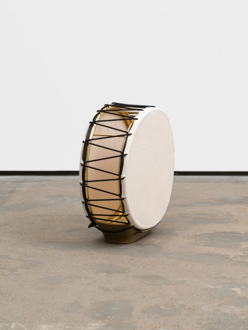 »Umbrella Stand Drum (from the series Music Room, Berlin)«,       2015<br />      Inspired by Art Deco produced in the 70s, metal, cow skin, rope,        47 x 48 x 19 cm<br />