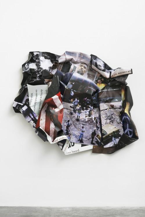»L.A. Riots (Rodney King)«, 2014<br />aluminium, stainless steel, digital print, 185 x 217 x 35 cm<br />