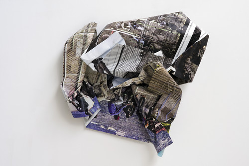 <i>Mellila</i>,       2015<br />      aluminium, stainless steel, digital print,        170 x 170 x 60 cm<br />