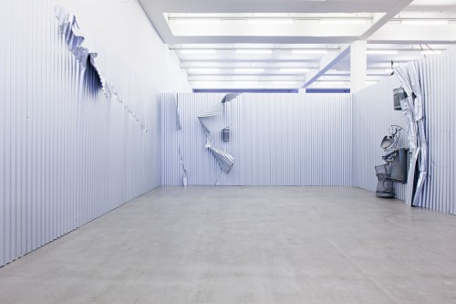 »Sammelstelle«,       1992<br />      corrugated iron, steel, aluminium,        dimensions variable<br />      Installation view Kunstverein Hamburg, Germany, 2013, Photo: Kunstverein Hamburg / Fred Dott