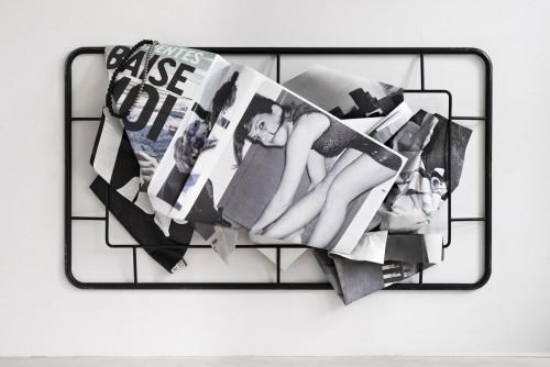 »Baise Moi«, 2019<br />aluminium, digital print, stainless steel, steel, rubber, 190 x 300 x 59 cm<br />