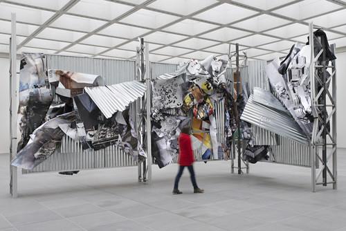 <i>dermaßen regiert zu werden</i>,       2015 (back)<br />             <br />      Exhibition view Neues Museum, Nuremberg, Germany, 2016