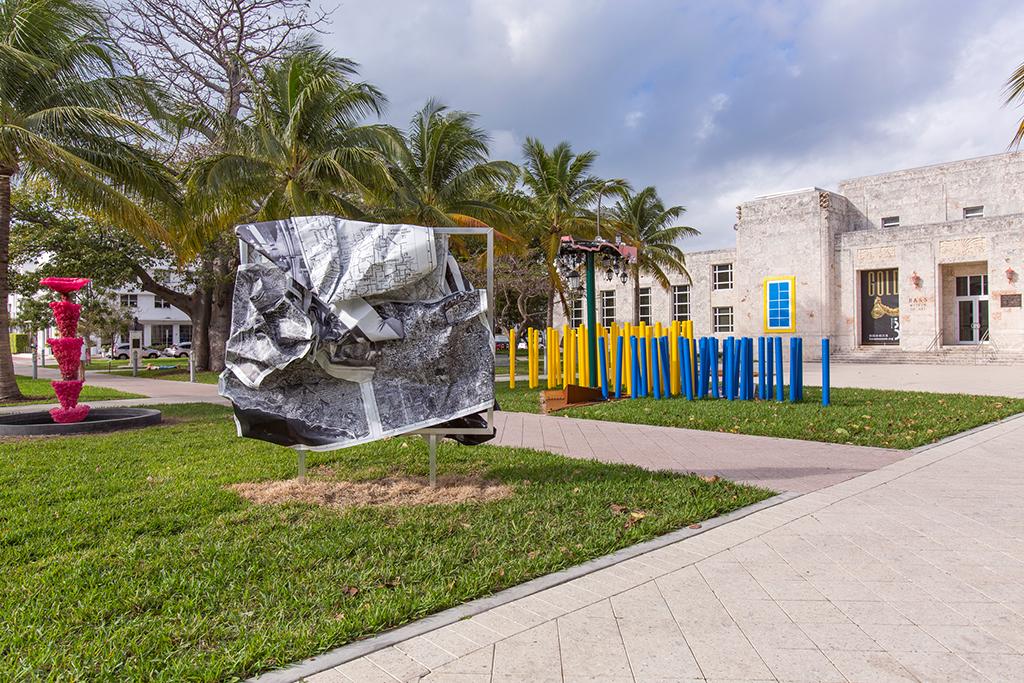 <i>b/w-L. A.</i>,       2014<br />             <br />      Installation view Art Basel Miami Beach / Art Public, Bass Museum of Art, Miami, USA, 2014/15