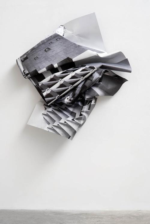 <i>Whitney</i>,       2016<br />      aluminium, stainless steel, digital print,        168 x 150 x 32 cm<br />