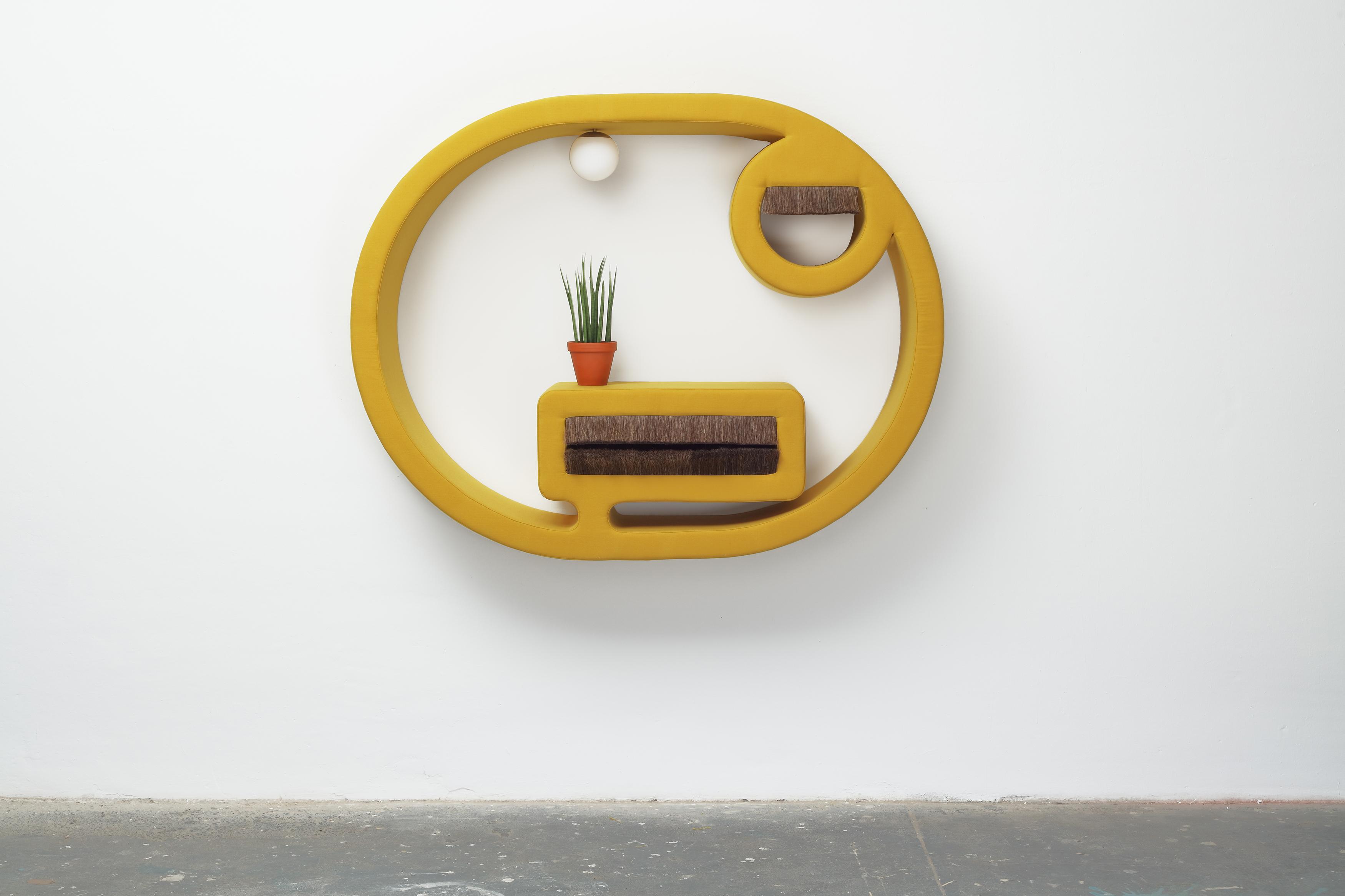 <i>jene 3</i>,       2019<br />      wood, foam, upholstery fabric, horsehair, sphere lamp, plants,        138 x 178 x 40 cm<br />