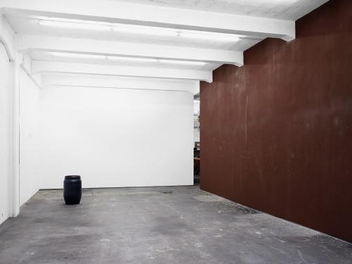 <i>Installation view: Reibfläche, RaebervonStenglin, Zurich</i>,       2014<br />             <br />