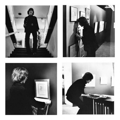 »Kunstdiebstahl als Totalkunst-Demonstration«,       1961<br />      Art Burglary as 'Totalkunst'-Demonstration, 1969 (Advertisment) / 1970 (Form) / 1971 (Action), 4 black/white photographs,        each 50,2 x 50,2 cm, and 2 copies of the form and textsheet, each 21 x 29,7 cm as documentation of the action on 11/08/1971 in the Brusberg gallery, Hannover.<br />