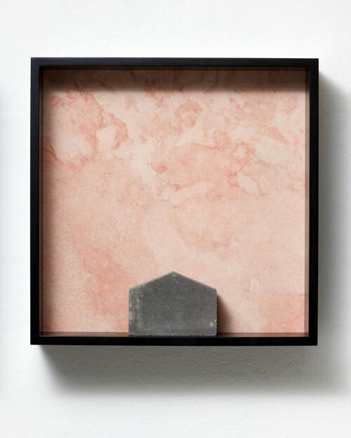 <i>Versteinerter Himmel XXIII</i>,       1983/2015<br />      Marble, MDF, concrete cobblestone,        60 x 60 x 15 cm<br />