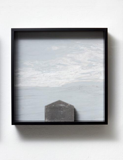<i>Versteinerter Himmel XVIII</i>,       1983/2015<br />      Marble, concrete cobblestone, MDF,        60 x 60 x 15 cm<br />