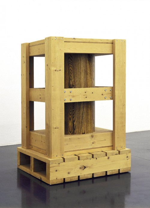 RICHARD ARTSCHWAGER<br />»Untitled (crate with cylinder)«, 1995<br />wood, brass, formica, screws, 128 x 84 x 74 cm<br />