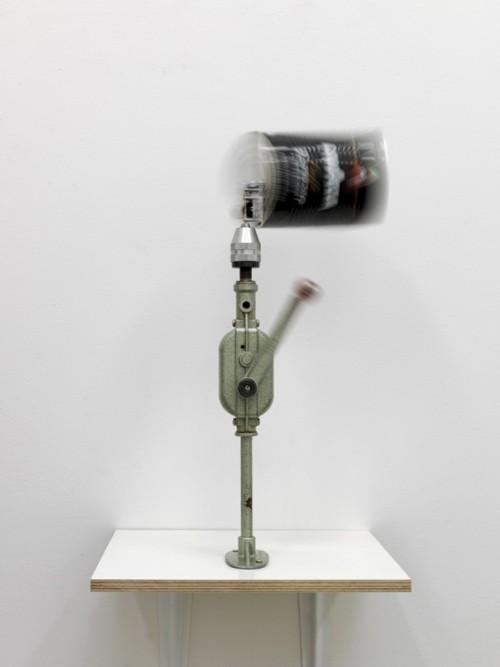 »Arbeiter-Orgel«, 2011<br />mixed media, 47 x 30 x 30 cm<br />