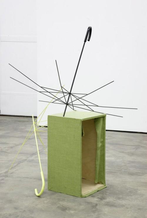 »Strippen in full colour«, 2009<br />wood, metal, spraypaint, 66 x 34,5 x 41,4 cm<br />