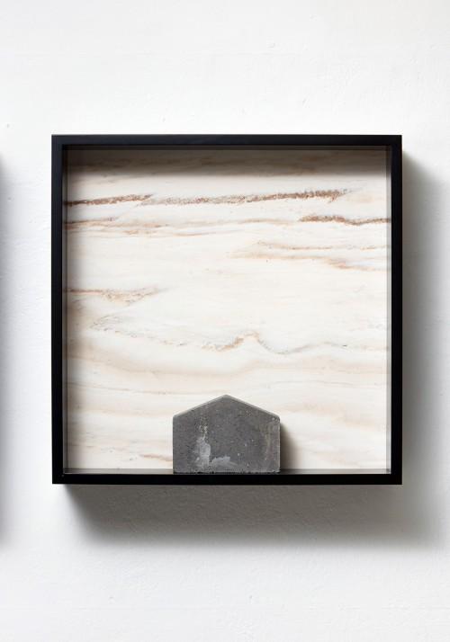 »Versteinerter Himmel XXVII, (Petrified Sky XXVII)«, 1983/2015<br />Granite, marble, MDF, concrete cobblestone, 60 x 60 x 15 cm<br />
