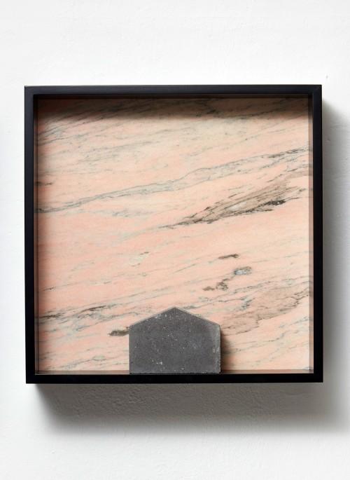 »Versteinerter Himmel XIX, (Petrified Sky XIX)«, 1983/2015<br />Granite, marble, MDF, concrete cobblestone, 60 x 60 x 15 cm<br />