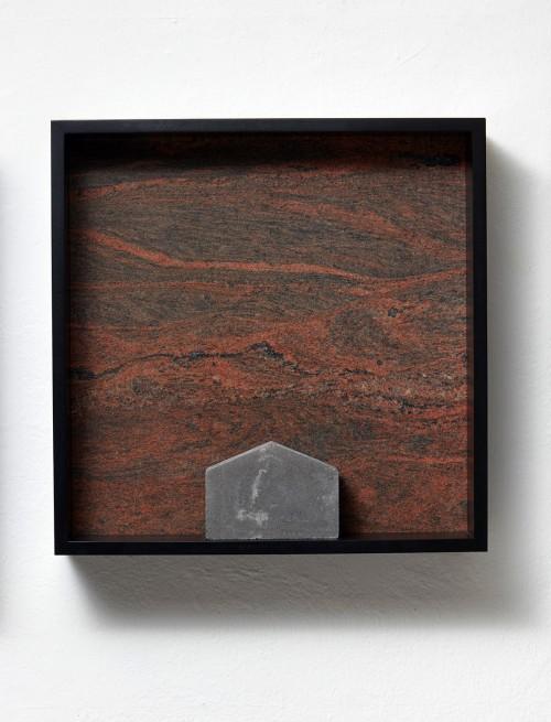 »Versteinerter Himmel XXV, (Petrified Sky XXV)«, 1983/2015<br />Granite, marble, MDF, concrete cobblestone, 60 x 60 x 15 cm<br />