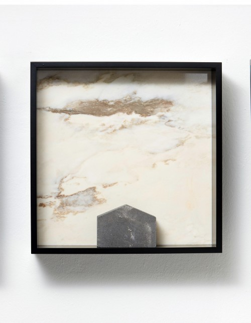»Versteinerter Himmel XXVII, (Petrified Sky)«, 1983/2015<br />Granite, marble, MDF, concrete cobblestone, 60 x 60 x 15 cm<br />