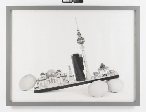 »Still Life Cityscape (Berlin Eggs)«, 2017<br />pencil on paper, 130.81 x 177.8 cm<br />