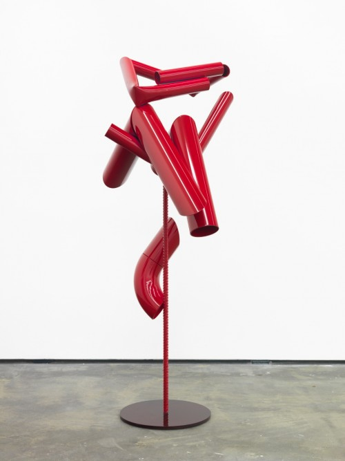 »Body language: Red Couple«, 2012<br />powder coated steel, 158 x 0 Ø 90 cm<br />