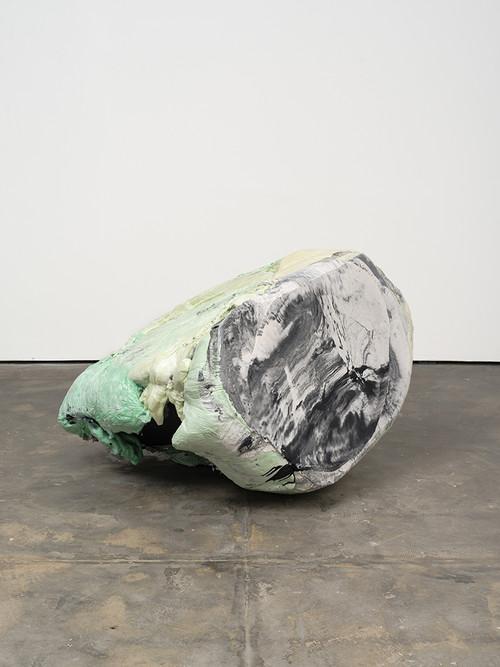 <i>DUO 1</i>, 2014<br />jesmonite, pigments, cement, polyurethane foam, 100 x 160 x 130 cm<br />