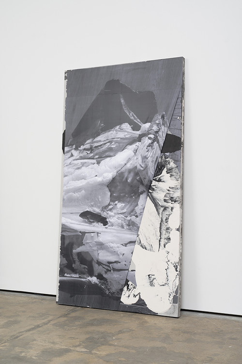 <i>DUO 8</i>, 2014<br />jesmonite, pigment, paper, 215 x 116 x 5 cm<br />
