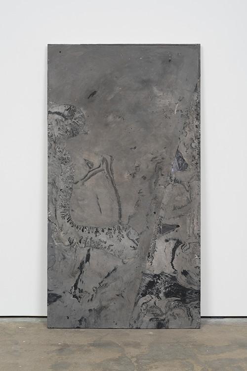 <i>DUO 9</i>, 2014<br />jesmonite, pigment, paper, 215 x 116 x 5 cm<br />