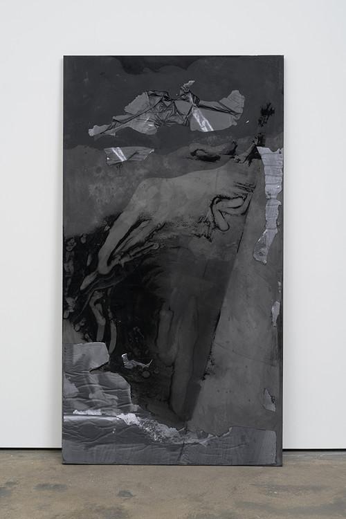 <i>DUO 7</i>, 2014<br />jesmonite, pigment, paper, 215 x 116 x 5 cm<br />