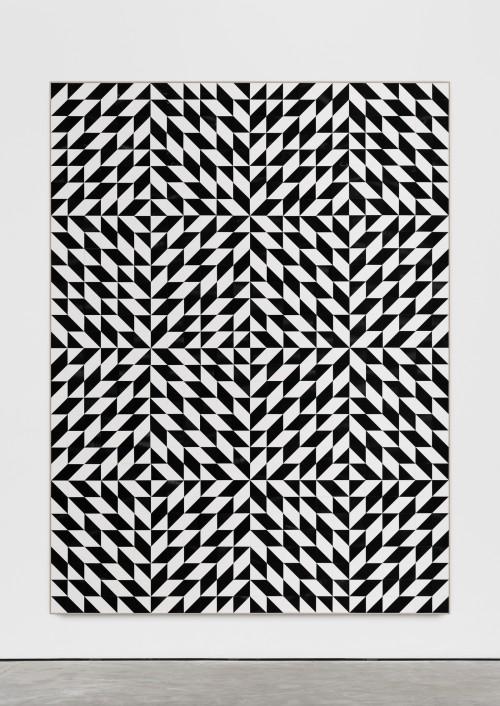»Albers (Anni) Sterne«, 2018<br />cut vinyl records, canvas, wood, 258 x 194<br />