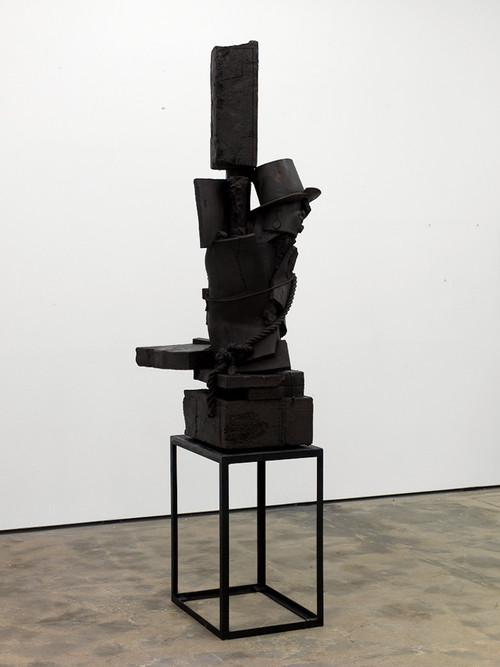 <i>When 9 turns to 6</i>, 2010<br />bronze, aeruginous, 290 x 90 x 73 cm<br />