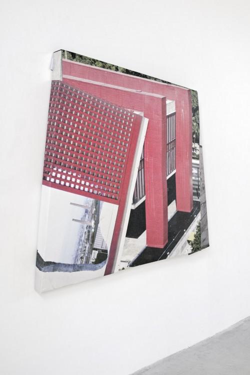 »Lina Bo Bardi«, 2019<br />aluminium, digital print, stainless steel, 145 x 155 x 9 cm<br />