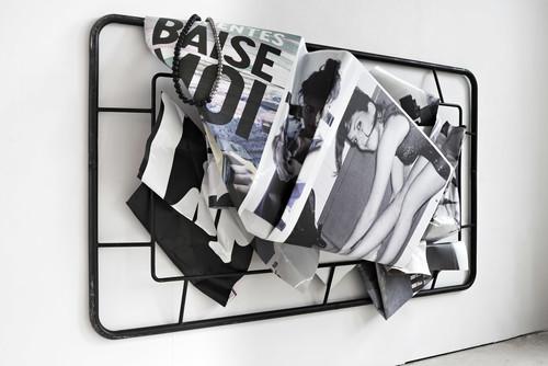 <i>Baise moi</i>, 2019<br />alternate view, 190 x 300 x 59 cm<br />