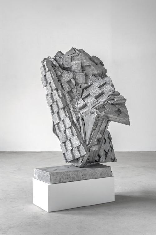 <i>Berliner Kindheit</i>, 2020<br />aluminum cast, 130 x 100 x 115 cm<br />