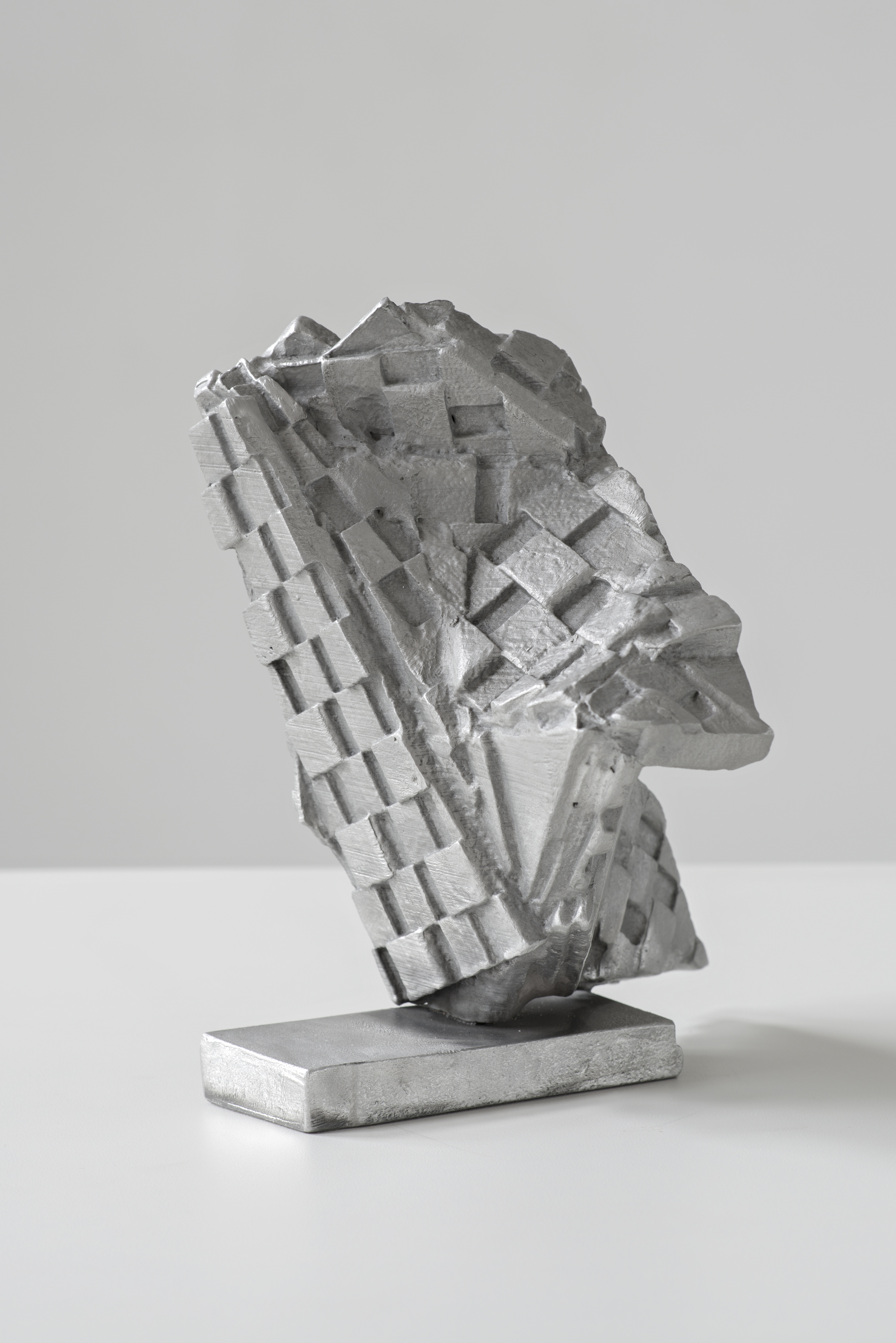 <i>Berliner Kindheit (edition) 1/5</i>, 2020<br />cast aluminium, 20 x 16 x 15 cm<br />