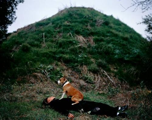 MOHAMED BOUROUISSA<br />»La Butte«, 2007<br />, 90 x 120 cm<br />