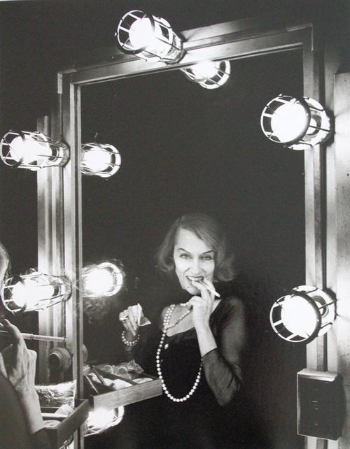 <i>Actress Gloria Swanson</i>, 1964<br />vintage photo, 28 x 36 cm<br />