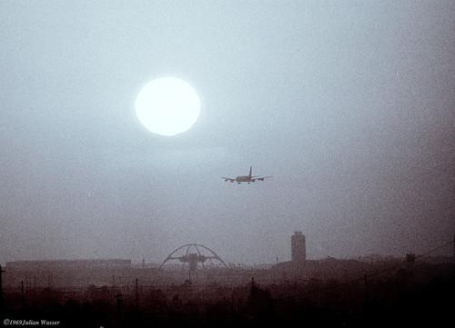 <i>LAX sunset</i>, 1962<br />vintage photo, 24 x 34 cm<br />