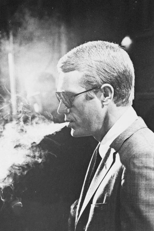 <i>Steve McQueen(smoking)</i>, 1964<br />vintage photo, 25 x 20 cm<br />