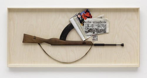 »n.n.«, 2008<br />rifle, paper collage, 69 x 153 cm<br />