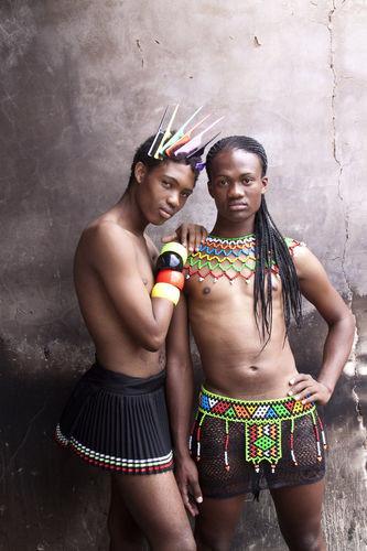 <i>From the series Beulahs: Mini and Le Sishi, Glebelands, Durban, Jan. 2010</i>, 2010<br />C-print, 86,5 x 60,5 cm<br />
